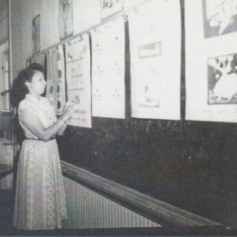 Ina Mae Ance teaching at Crownpoint Indian Board School, photo courtesy of Dorothy Webb (Ance's daughter)